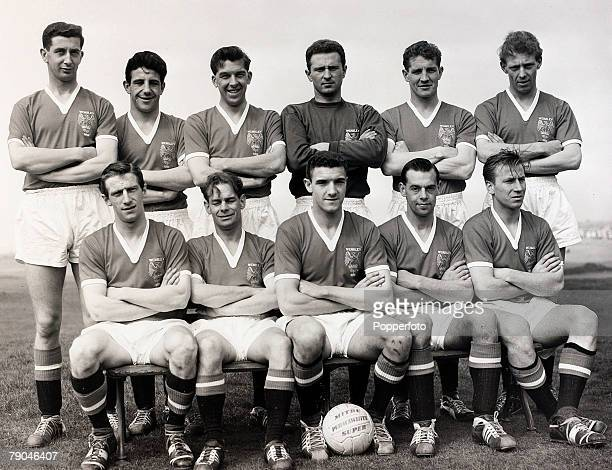 1958 The Manchester United team that lost the 1958 FA Cup Final 20 to Bolton Wanderers pose together for a group photograph Back row LR Freddie...