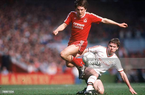 Sport Football English League Division One 4th April 1988 Liverpool 3 v Manchester United 3 United's Brian McClair is beaten by Liverpool's Peter...