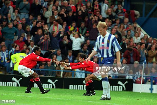 Sport Football English Premier League Sheffield Wednesday 3 v Manchester United 3 26th December 1992 United's Paul Ince and Ryan Giggs celebrate a...