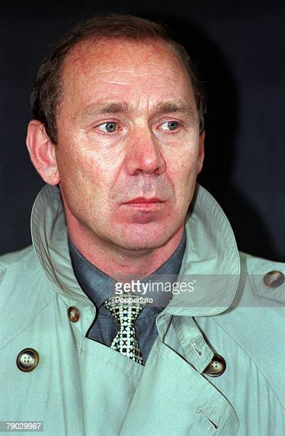 Sport Football European Champions League Milan Italy 21st October 1998 Inter Milan 2 v Spartak Moscow 1 Spartak Moscow coach Oleg Romantsev
