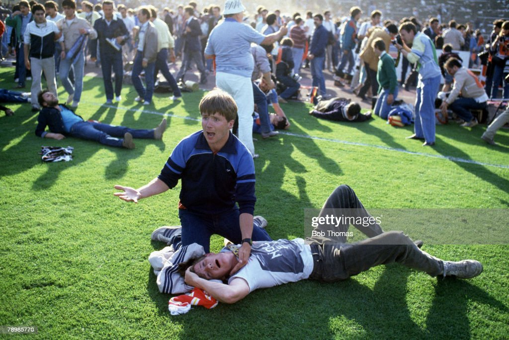 Sport Football European Cup Final Brussels 29th May 1985 Liverpool 0 v Juventus 1 A Juventus fan cries out for help for his injured friend