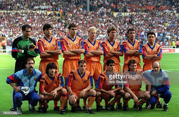 Sport Football European Cup Final Wembley London England 20th May 1992 Barcelona 1 v Sampdoria 0 The Barcelona team line up together for a group...