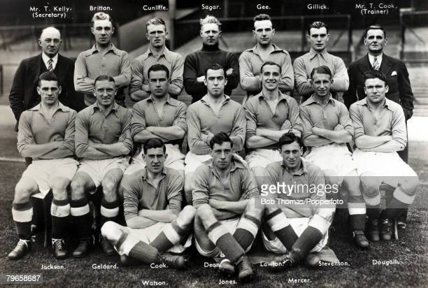 Sport Football Everton 19371938 Back row lr MrTKelly Britton Cunliffe Sagar Gee Gillick TCook Seated lr Jackson Geldard Cook Dixie Dean Tommy Lawton...