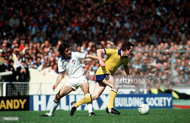 Sport Football FA Cup Final Wembley 10th May 1980 West Ham United 1 v Arsenal 0 Arsenal's Liam Brady moves away from West Ham's Alan Devonshire
