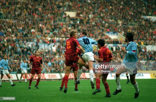 Sport Football Italian League Serie A Rome Italy 29th November 1992 Lazio 1 v AS Roma 1 Lazio's Paul Gascoigne beats the Roma defence to score a late...