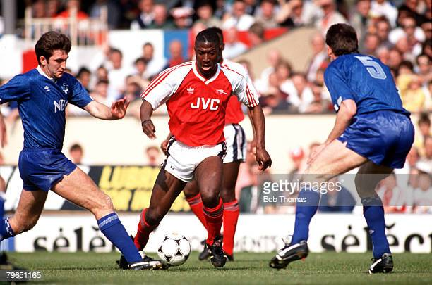 Sport Football League Division One 31st March 1990 Arsenal 1 v Everton 0 Arsenal's Kevin Campbell moves away from Everton's Norman Whiteside