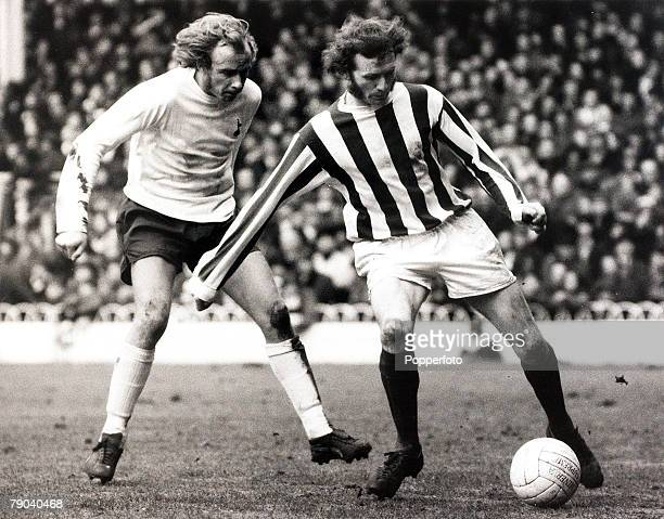 Sport Football League Division One White Hart Lane London England 22nd February 1972 Tottenham Hotspur v Stoke City Stoke City's Terry Conroy...