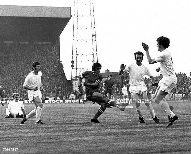 Sport Football Leeds England 2nd June 1971 European Fairs Cup Final Second Leg Leeds United 1 v Juventus 1 Pietro Anastasi of Juventus shoots for...