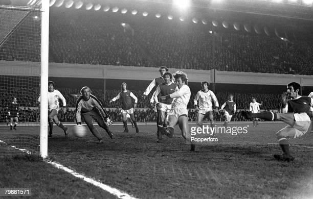 Sport Football London England 9th March 1971 European Fairs Cup Fourth Round First Leg Arsenal 2 v FC Koln 1 Arsenal's Frank McLintock scores the...