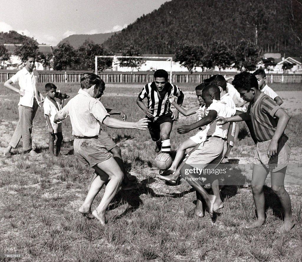 Sport Football November 1957 Brazilian star Garrincha picture