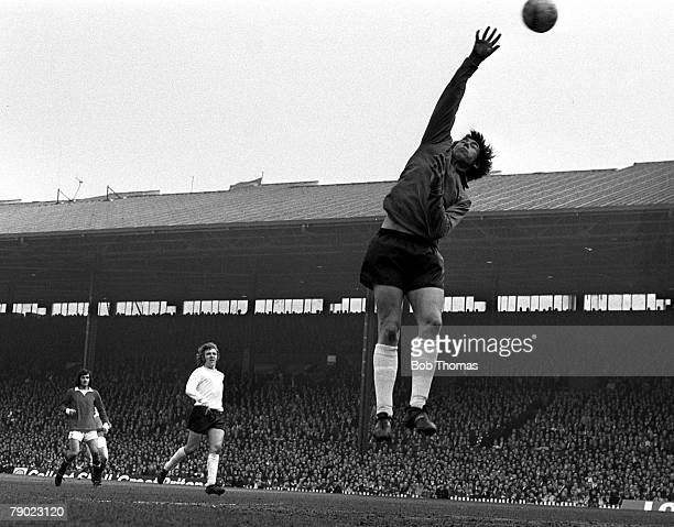 Sport Football Old Trafford England 18th March 1972 FA Cup Sixth Round Manchester United 1 v Stoke City 1 Stoke City goalkeeper Gordon Banks is...