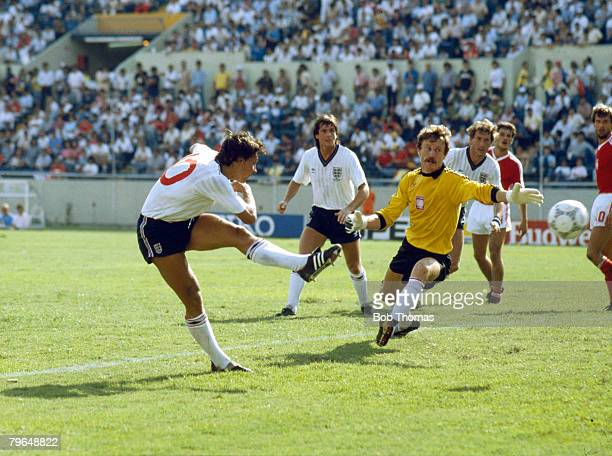 11th June 1986 1986 World Cup Finals Monterrey Mexico England 3 v Poland 0 England's Gary Lineker scores his third goal to complete his hattrick as...