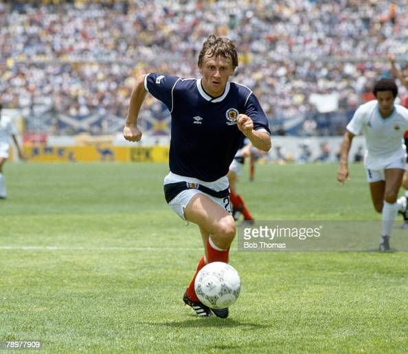 13th June 1986 World Cup Finals in Mexico Uruguay 0 v Scotland 0 at Nexa Paul Sturrock Scotland who won 20 Scotland international caps between...