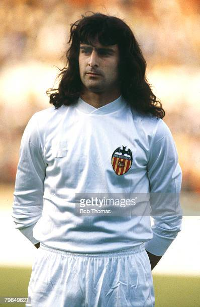 14th May 1980 European Cup Winners Cup Final Brussels Valencia 0 v Arsenal 0 aet Valencia won on penalties Valencia's Mario Kempes portrait