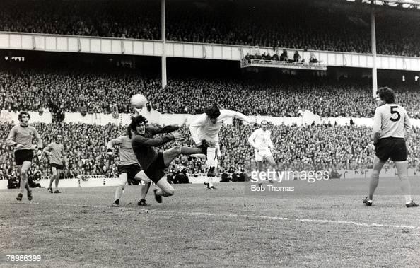 17th May 1972 UEFACup Final 2nd Leg at White Hart Lane Tottenham Hotspur beat Wolverhampton Wanderers 32 on aggregate Tottenham Hotspur's Alan...