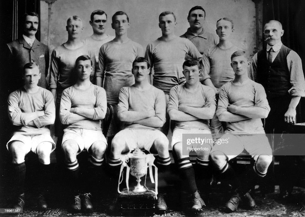 1903-1904, Manchester City 1903-1904, FA, Cup winners 1904, Division 1 Champions 1903-1904, Manchester City, Back row, l-r, T,Maley (Secretary and Manager), S,Frost, W,Gillespie, J,McMahon, T,Hynds, J,Hillman, S,Ashworth, J,Broad (Trainer), Front row, l-r, H,Burgess, G,Livingstone, W,Meredith, A,Turnbull, F,Booth