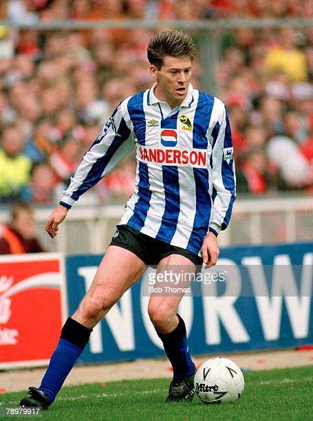 1993 FA Cup SemiFinal at Wembley Sheffield Wednesday 2 v Sheffield United 1 Chris Waddle Sheffield Wednesday Chris Waddle also won 62 England...