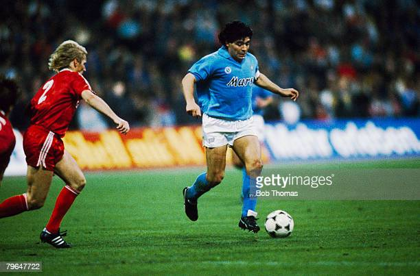 19th April 1989 UEFA Cup SemiFinal 2nd Leg Bayern Munich v Napoli Napoli won 42 on aggregate Napoli's Diego Maradona moves away from Bayern Munich's...