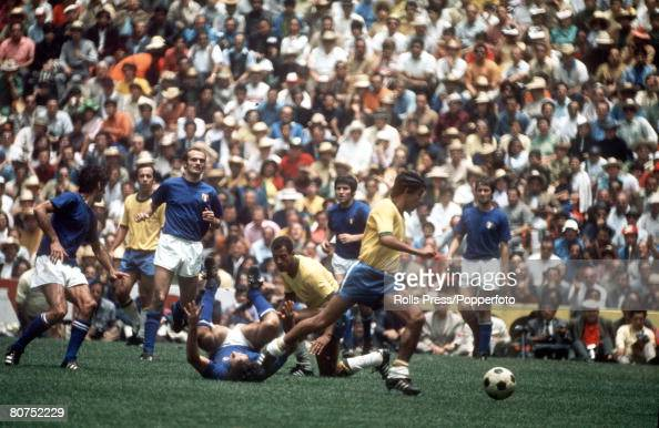 21st June 1970 1970 World Cup Final in Mexico City Brazil 4 v Italy 1 Brazil's Clodoaldo moves away with the ball during a confused pattern of play...