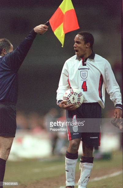 25th March 1998 Friendly International in Berne Switzerland 1 v England 1 England's Paul Ince shouts at the linesman as he disputes a decision Paul...