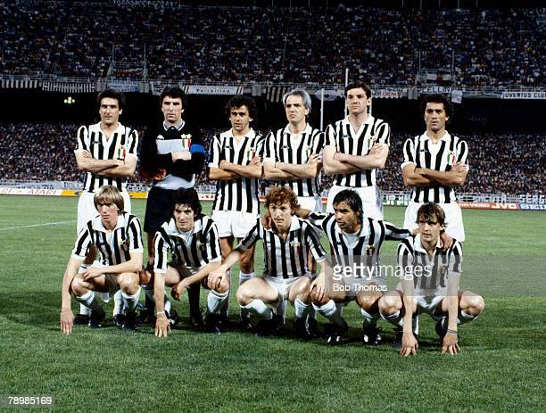 25th May 1982 European Cup Final SV Hamburg 1 v Juventus 0 Juventus team group Back row leftright Gaetano Scirea Dino Zoff Michel Platini Sergio Brio...