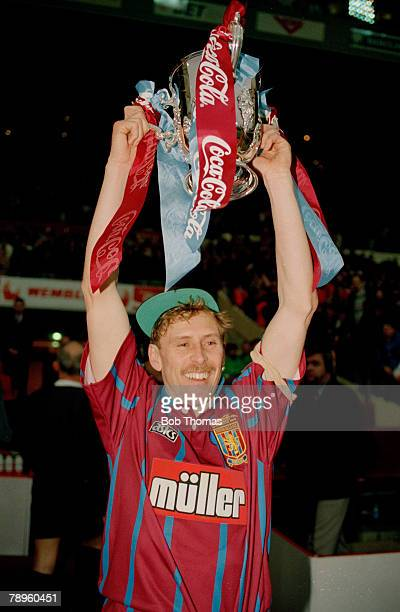 27th March 1994 Coca Cola Cup Final at Wembley Aston Villa 3 v Manchester United 1 Aston Villa captain Kevin Richardson holds alof the trophy
