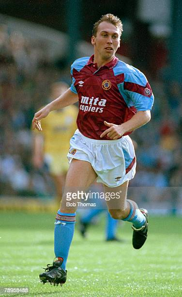 27th October 1990 Division 1 David Platt Aston Villa midfielder David Platt won 62 England international caps between 19901996