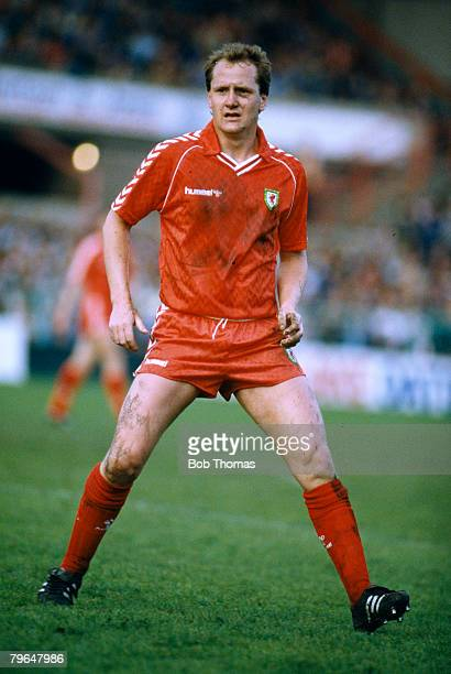 29th April 1987 European Championship in Wrexham Wales 1 v Czechoslovakia 1 Peter Nicholas Arsenal midfielder who won 73 Wales international caps...