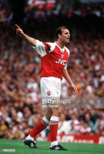 29th August 1992 Division 1 Arsenal 2 v Sheffield Wednesday 1 Steve Bould Arsenal