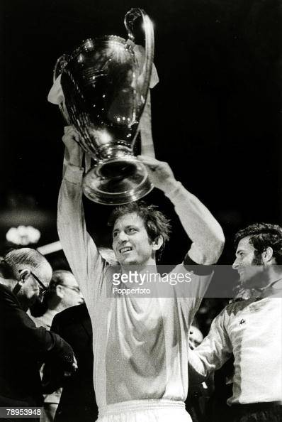 2nd June 1971 European Cup Final at Wembley Ajax Amsterdam 2 v Panathinaikos 0 Ajax Amsterdam's Yugoslavian captain Velivor Vasovic proudly lifts the...