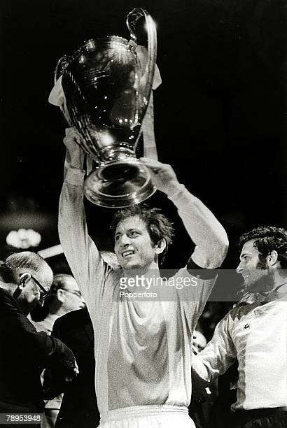 2nd June 1971 European Cup Final at Wembley Ajax Amsterdam 2 v Panathinaikos 0 Ajax Amsterdam's Yugoslavian captain Velivor Vasovic proudly lifts the...