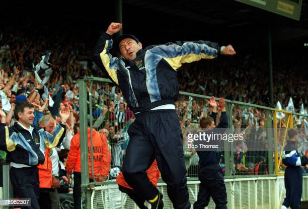30th May 1993 Division 2 Playoff Final at Wembley West Bromwich Albion 3 v Port Vale 0 West Bromwich Albion Manager Osvaldo Ardiles celebrating