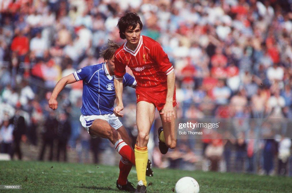 5th May 1984 Division 1 Birmingham City 0 v Liverpool 0 Liverpool's Alan Hansen evades a tackle from Birmingham City's Robert Hopkins