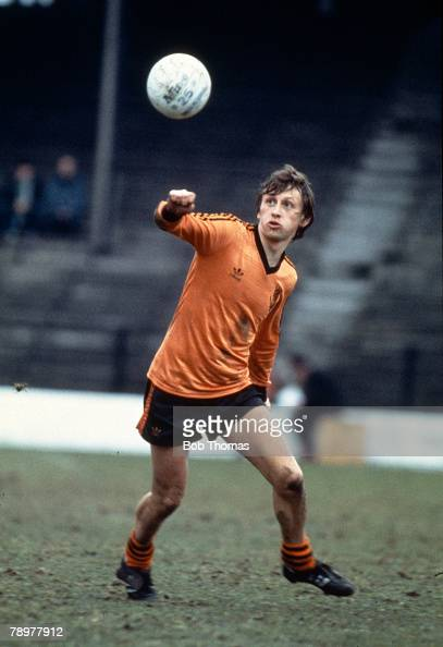 7th April 1984 Scottish premier Division Paul Sturrock Dundee United who also won 20 Scotland international caps between 19811987