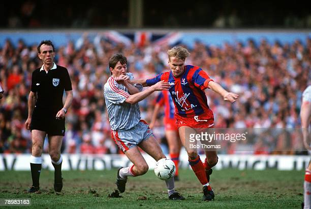8th April 1990FA Cup SemiFinal at Villa Park Crystal Palace 4 v Liverpool 3 aet Crystal Palace's Geoff Thomas right tries to hold off a challenge...
