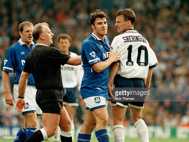 9th April 1995 FA Cup SemiFinal Tottenham Hotspur 1 v Everton 4 Everton's David Unsworth in an heated argument with Tottenham Hotspur's Teddy...