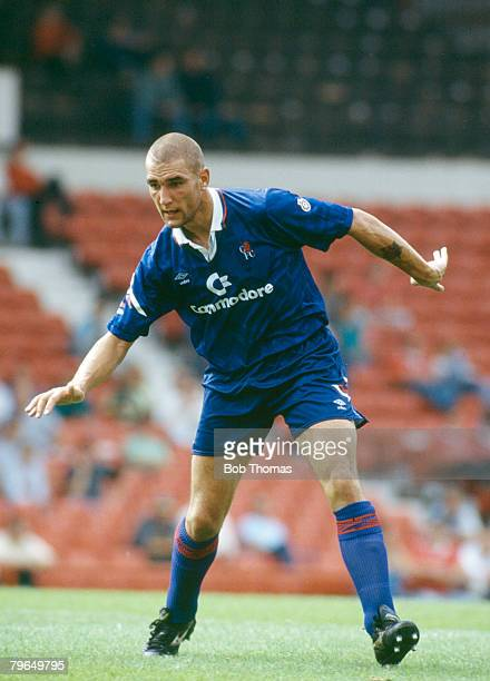 August 1992 Vinny Jones Chelsea who won 8 Wales international caps between 19921995