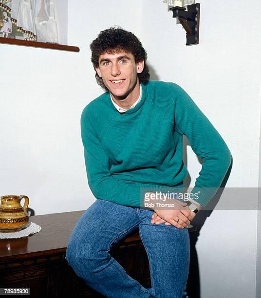 circa 1980's Arsenal central defender Martin Keown