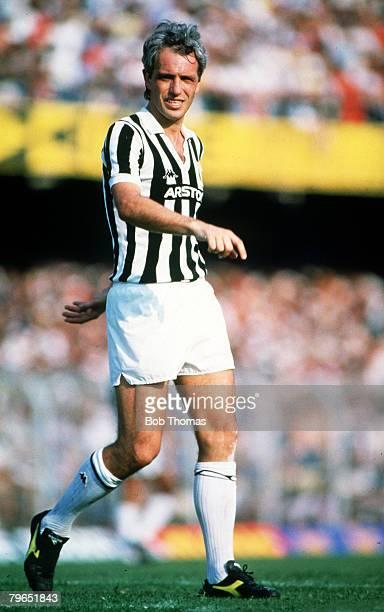 circa 1981 Roberto Bettega Juventus Roberto Bettega was one of the best Italian goalscorers playing for Juventus and Italy he won 7 League titles in...