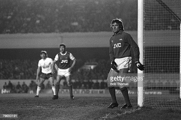 Sport Football pic circa 1985 London Pat Jennings playing his last match for Arsenal at Highbury in their first division fixture against Spurs