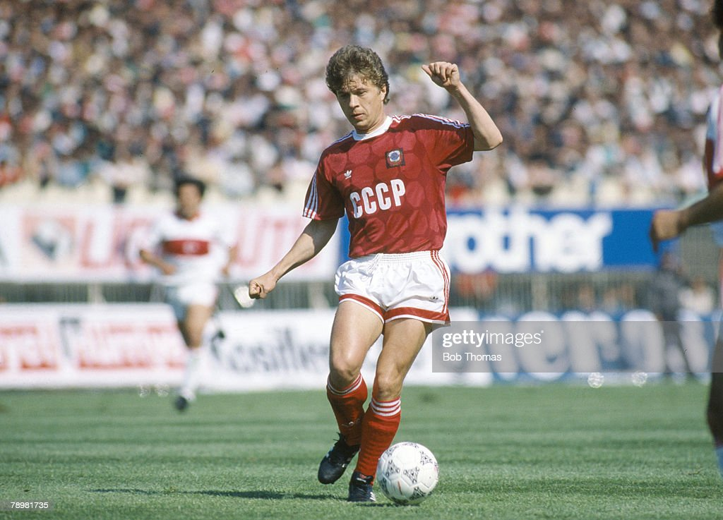 circa 1988 Aleksandr Zavarov USSR Aleksandr Zavarov a Russian international won 41 USSR international caps between 19851990