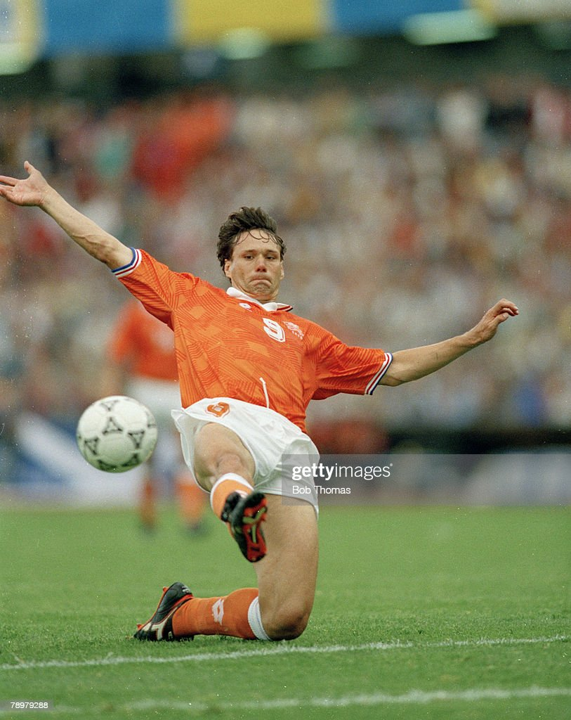 Sport Football pic circa 1990 Marco Van Basten Holland one