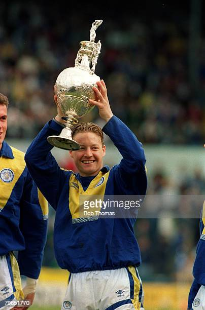 May 1992 Leeds United's David Batty holds aloft the Division 1 Championship trophy as Leeds United claim the title
