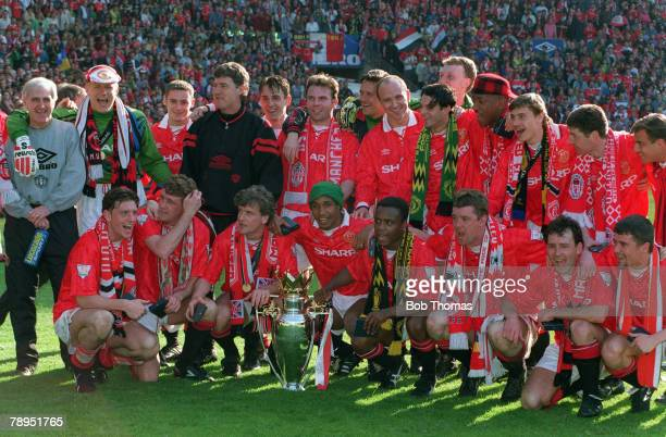 1994 Manchester United FACarling Premiership Champions 19931994 Manchester United Back row left right Jim McGregor Peter Schmeichel Chris Casper...