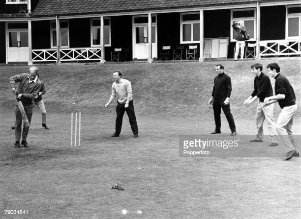 Sport Football Roehampton England 7th July 1966 A friendly cricket match between the England World Cup football squad Bobby Charlton is pictured...