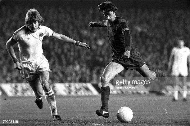 Sport Football Spain 15th March 1978 UEFA Cup Quarter Final Second Leg Barcelona 2 v Aston Villa 1 Barcelona's Johan Cruyff takes on Villa's Ken...