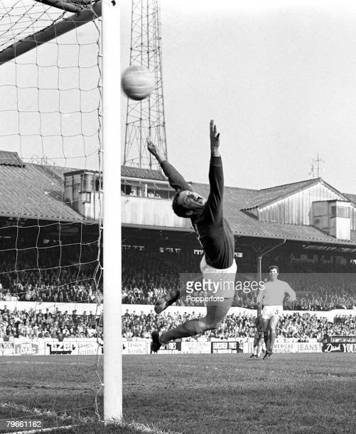 Sport Football Stamford Bridge London England 18th October 1969 League Division One Chelsea 2 v West Bromwich Albion 1 West Bromwich Albion...
