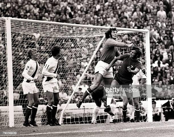 Sport Football Stamford Bridge London England 26th August 1972 League Division One Chelsea 2 v Manchester City 1 Manchester City goalkeeper Joe...