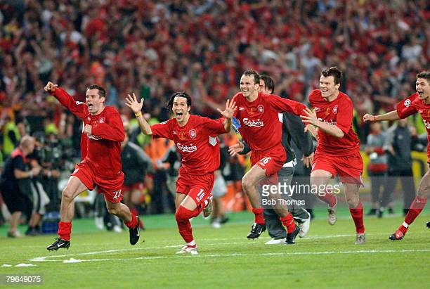 Sport Football UEFA Champions League Final 25th May 2005 Ataturk Stadium Istanbul AC Milan 3 v Liverpool 3 Liverpool players Jamie Carragher Luis...