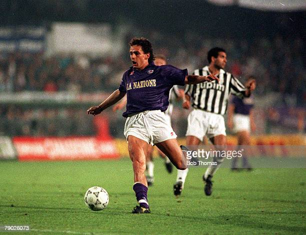 Sport Football UEFA Cup Final Second Leg Florence 16th May 1990 Fiorentina 0 v Juventus 0 Fiorentina's Roberto Baggio